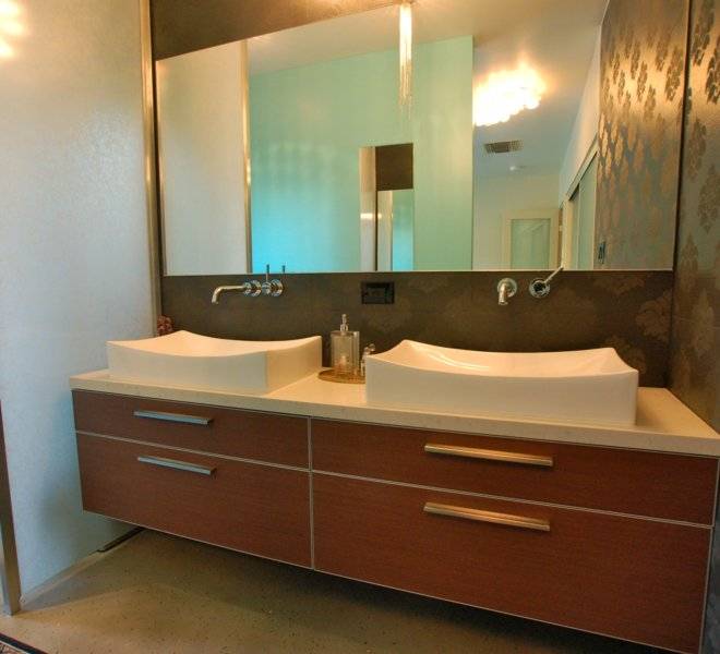 DebbyDr_MasterBath_Vanities